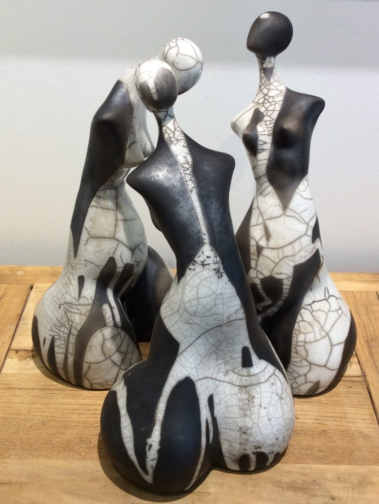 Medium Raku Ladies b/w price per piece